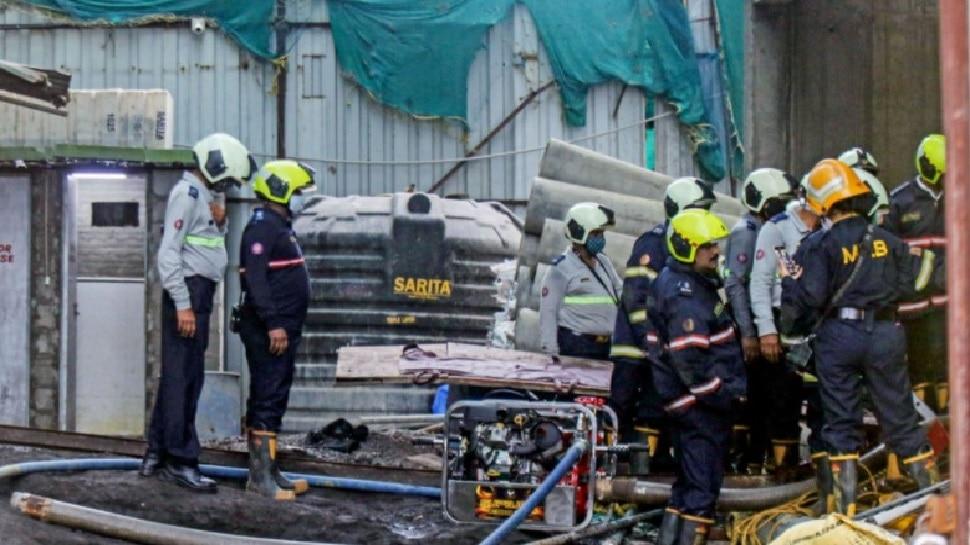 Mumbai: Worli में अंडरकंस्ट्रक्शन बिल्डिंग में लगी Lift गिरी, 5 की मौत और 1 घायल