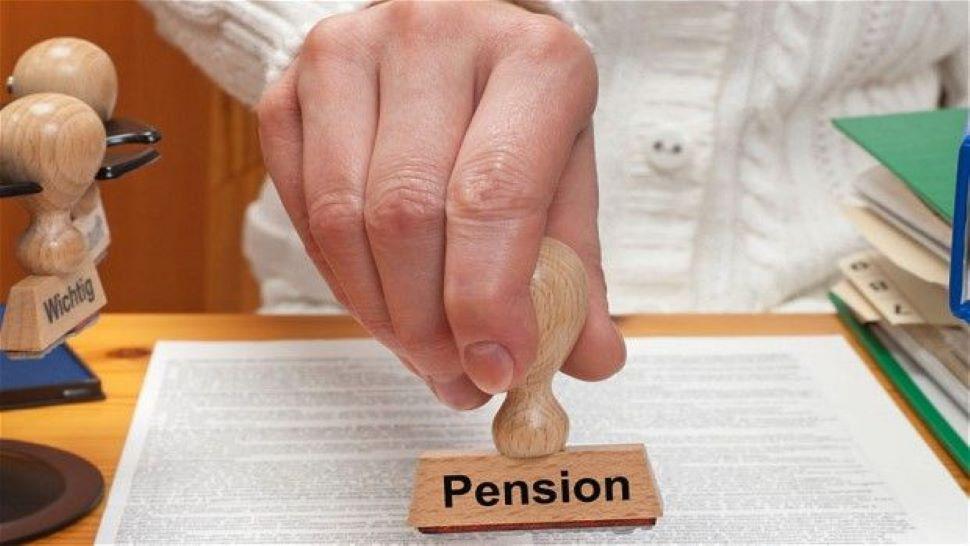 PM Pension Yojana: Senior Citizens के लिए सरकार ने शुरू की सुपरहिट पेंशन स्कीम, मिलेंगे 1.1 लाख रुपये