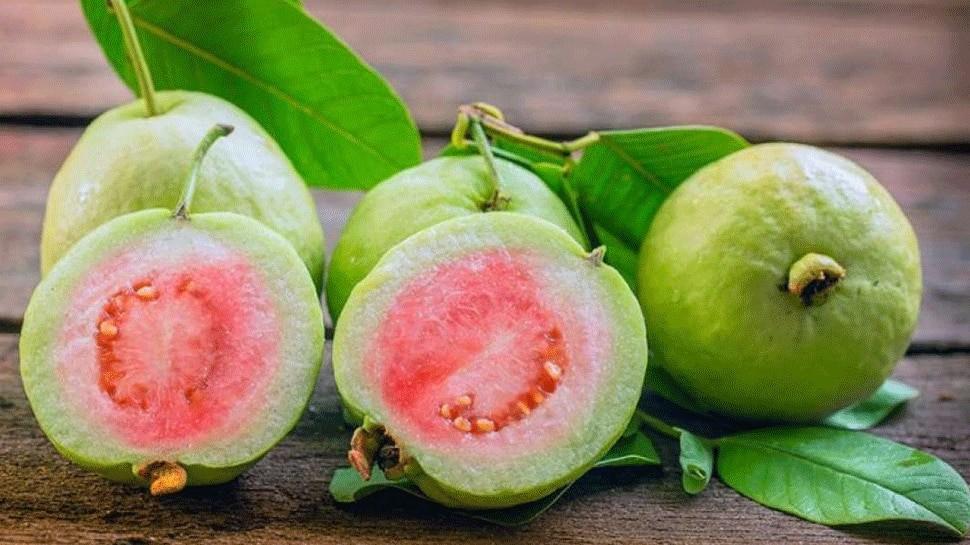 benefits of guava: ताकत बढ़ाने के लिए खाएं अमरूद, इन बीमारियों में है बेहद लाभकारी, जनिए 5 जबरदस्त लाभ