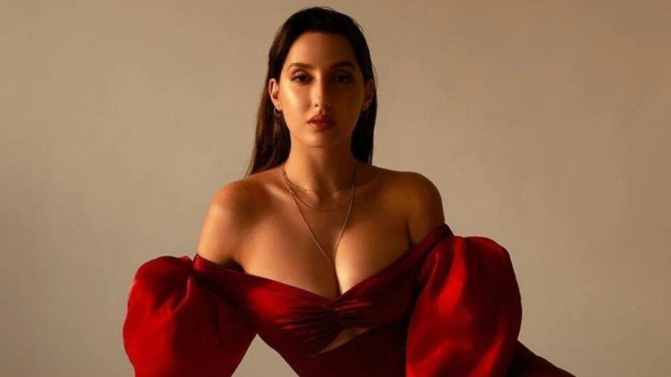Nora Fatehi Shared a video of doin Hook Step of Zaalima Coca Cola Pila De From Bhuj The Pride Of India|  Nora Fatehi is demanding for the coolness of the heart in a glamorous style, Govinda also supported