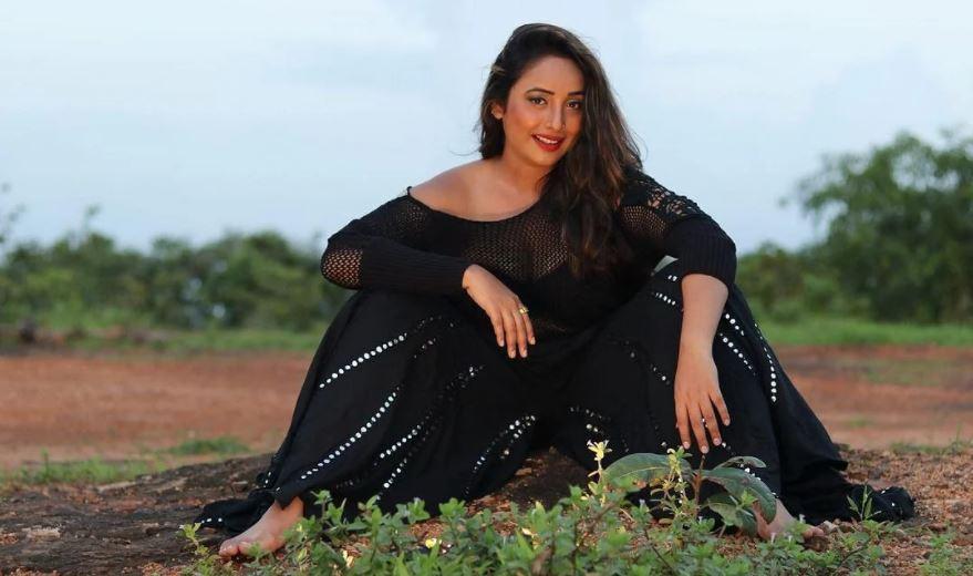 Bhojpuri क्वीन रानी चटर्जी ने शेयर किया बोल्ड वीडियो, डीप नेक ड्रेस में फिर ढाया कहर