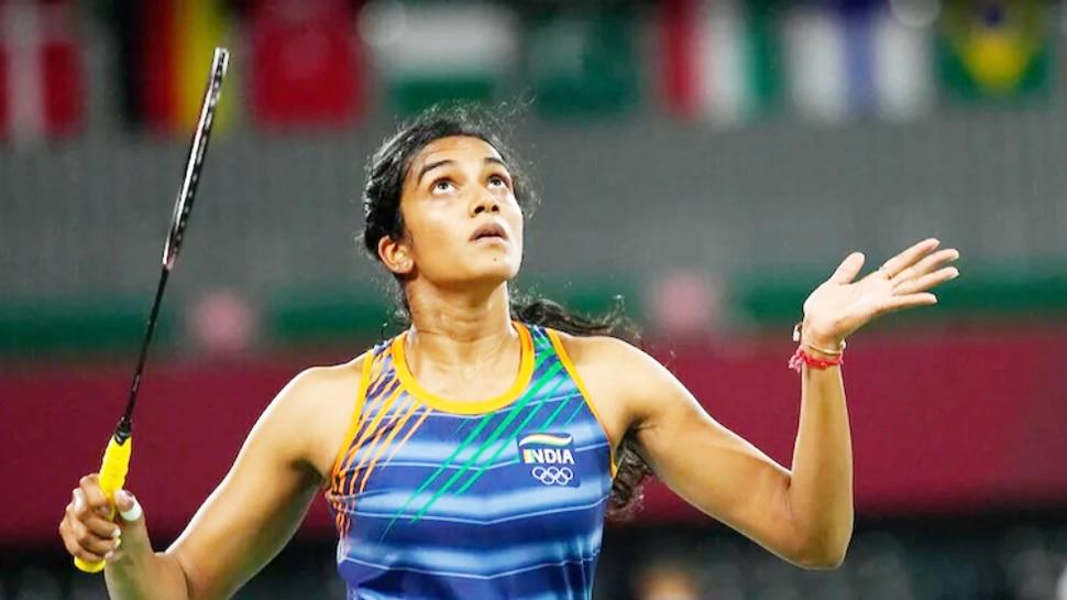Tokyo Olympics: पीवी सिंधु से मेडल की उम्मीद, लगातार 2 मैच जीतकर नॉकआउट में हुई एंट्री