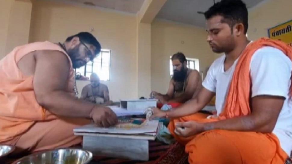 Bikaner में भक्तों ने बनाये सवा लाख पार्थिव शिवलिंग, मंत्रोच्चारण से गूंजा Rajasthan