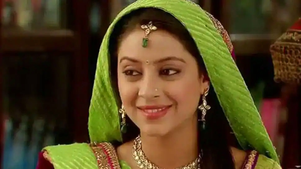 Pratyusha Banerjee Parents Forced to Live in One Bedroom House Father Says will fight till the end |  The family of 'Balika Vadhu' is struggling with financial problems, the pain of a forced father spilled