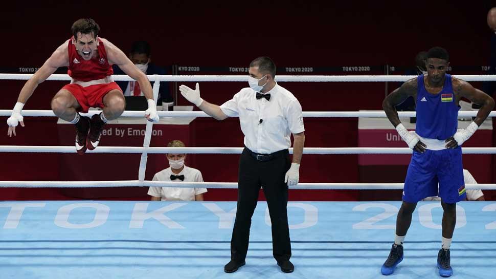 Tokyo Olympics: जीत का जश्न मनाने के चक्कर में इस बॉक्सर को लगी चोट, Gold Medal पाने का मौका गंवाया