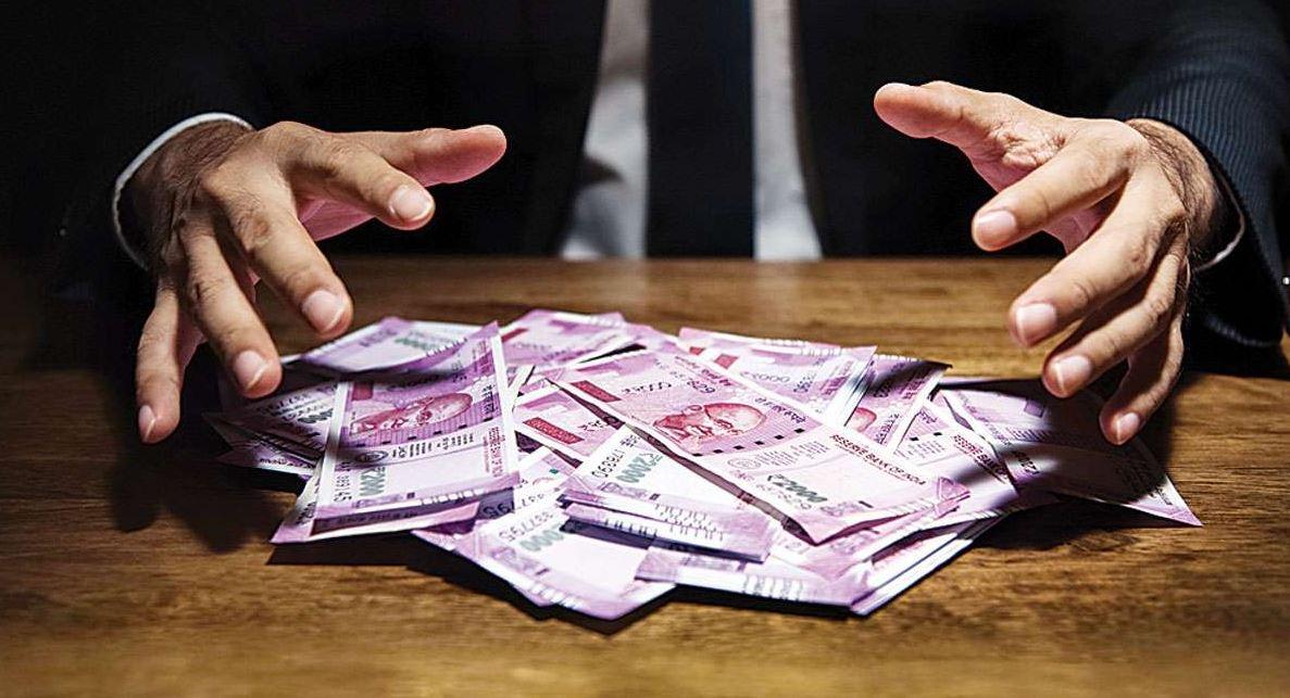 7th Pay Commission: एक करोड़ केंद्रीय कर्मचारियों को बड़ा तोहफा, DA 31 फीसदी होगा, इतना मिलेगा फायदा