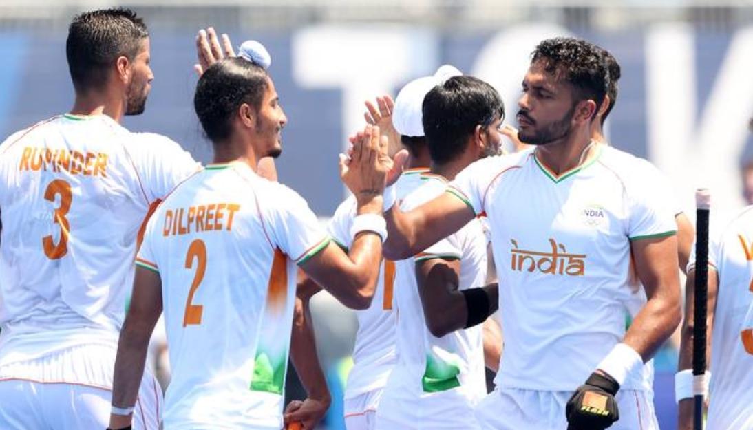 Olympics: सिंधु के बाद हॉकी में भारत ने दिखाया दम, 49 साल बाद पुरुष हॉकी की टीम सेमीफाइनल में पहुंची