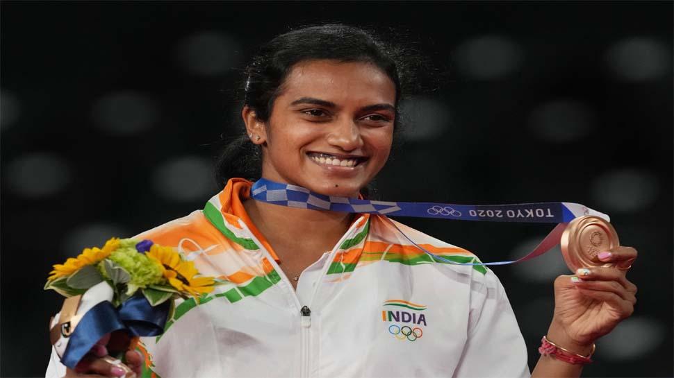 PV Sindhu ने भारत को दिलाया एक और मेडल, ऐसा करने वाली बनी पहली भारतीय महिला