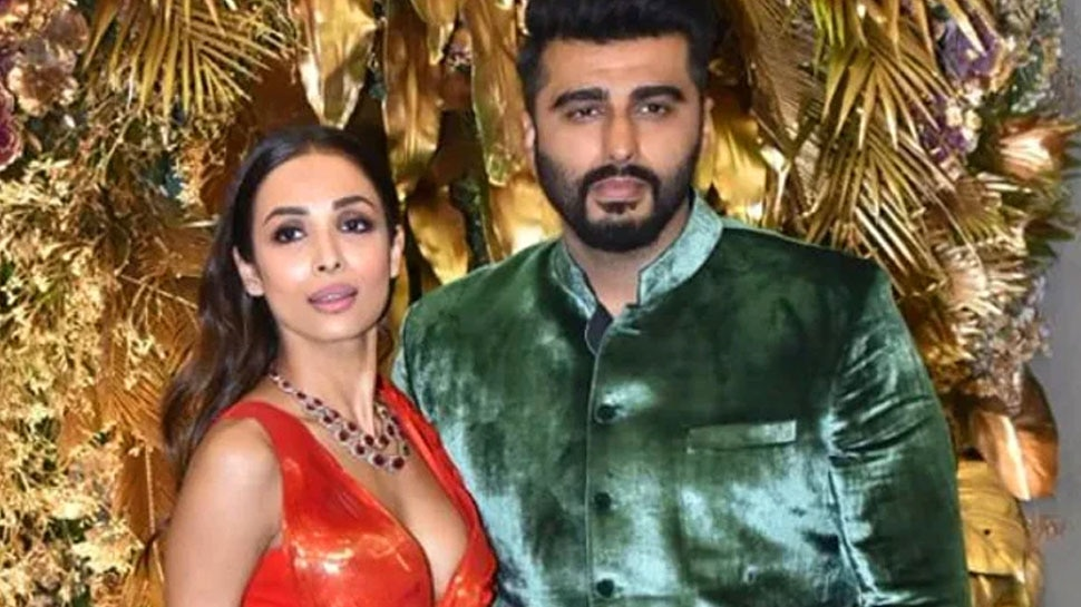 Arjun Kapoor and Malaika Arora on Romantic Lunch Date Shares Photos Having Pink Time |  Arjun Kapoor and Malaika Arora's Pink Sunday: The couple spent a beautiful moment on their lunch date