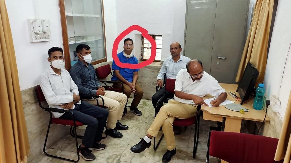 Udaipur ACB टीम की बड़ी कार्रवाई, 10000 रुपए की रिश्वत लेते सहायक लेखा अधिकारी को किया Trap