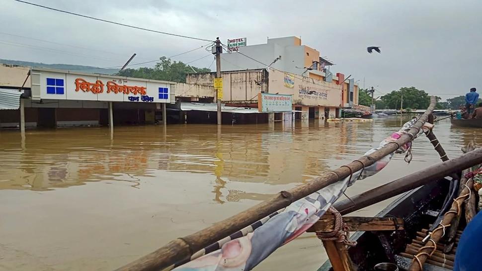 एमपी के इस जिले में बाढ़ के हालात, सीएम की हालात पर नजर, कई ट्रेनें हुईं निरस्त
