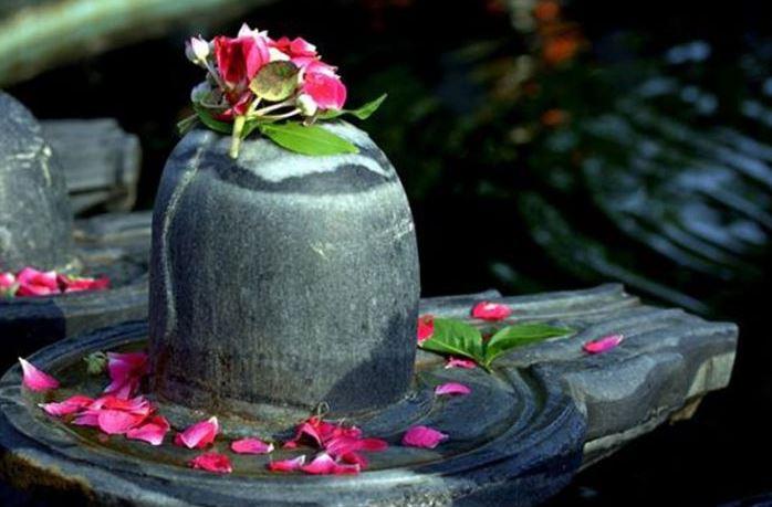 Lord Shiva Pooja Vidhi: इसलिए महादेव कहलाते हैं वैद्यनाथ, औषधियों से होता है उनका अभिषेक