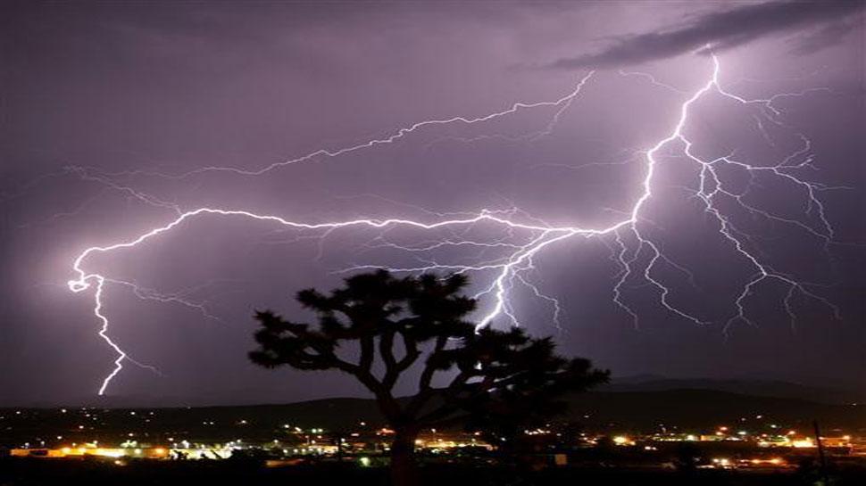 Groom injured when lightning strikes in dhaka