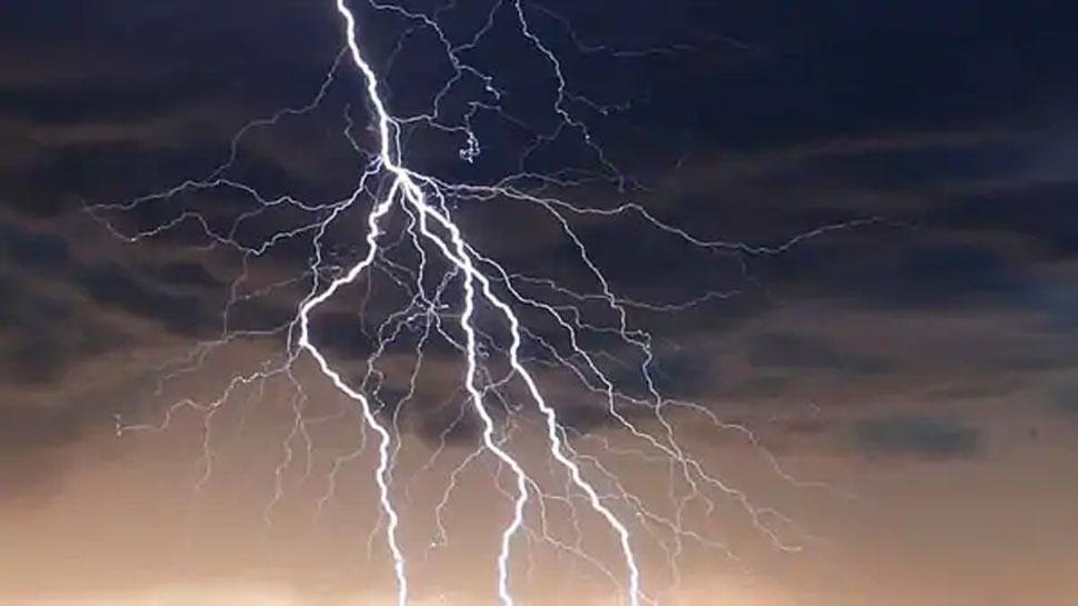 Lightning kills hundreds of people every year in bangladesh