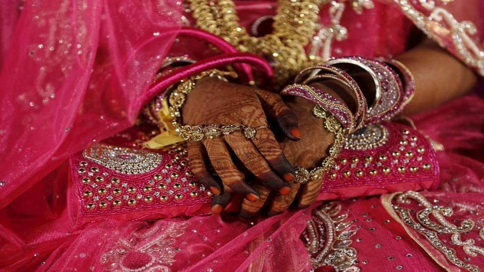 seventeen people die when lightning strikes at wedding party in Bangladesh