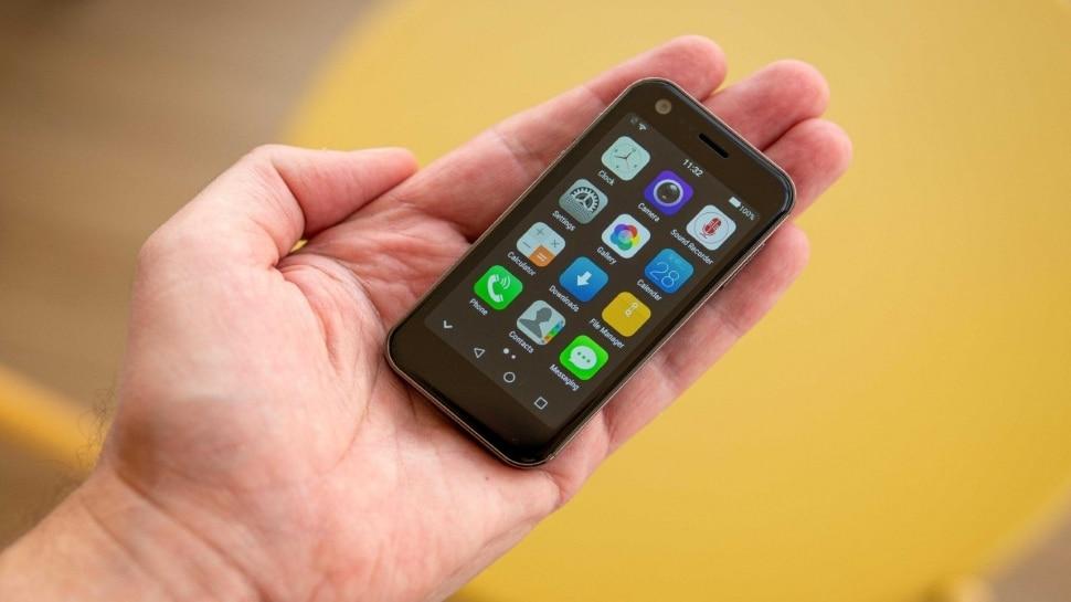 आ गया दुनिया का सबसे छोटा स्मार्टफोन, तीन दिन तक चलेगी बैटरी, बिना नेटवर्क के भी कर सकेंगे कॉल