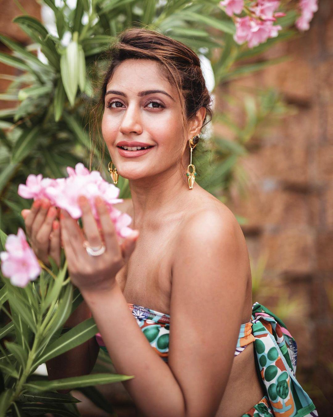 Surbhi Chandna Bold Look