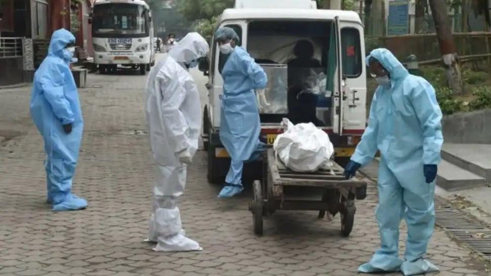 मुंबई में Delta Plus Variant से हुई पहली मौत, Vaccine की दोनों डोज ले चुकी थी महिला