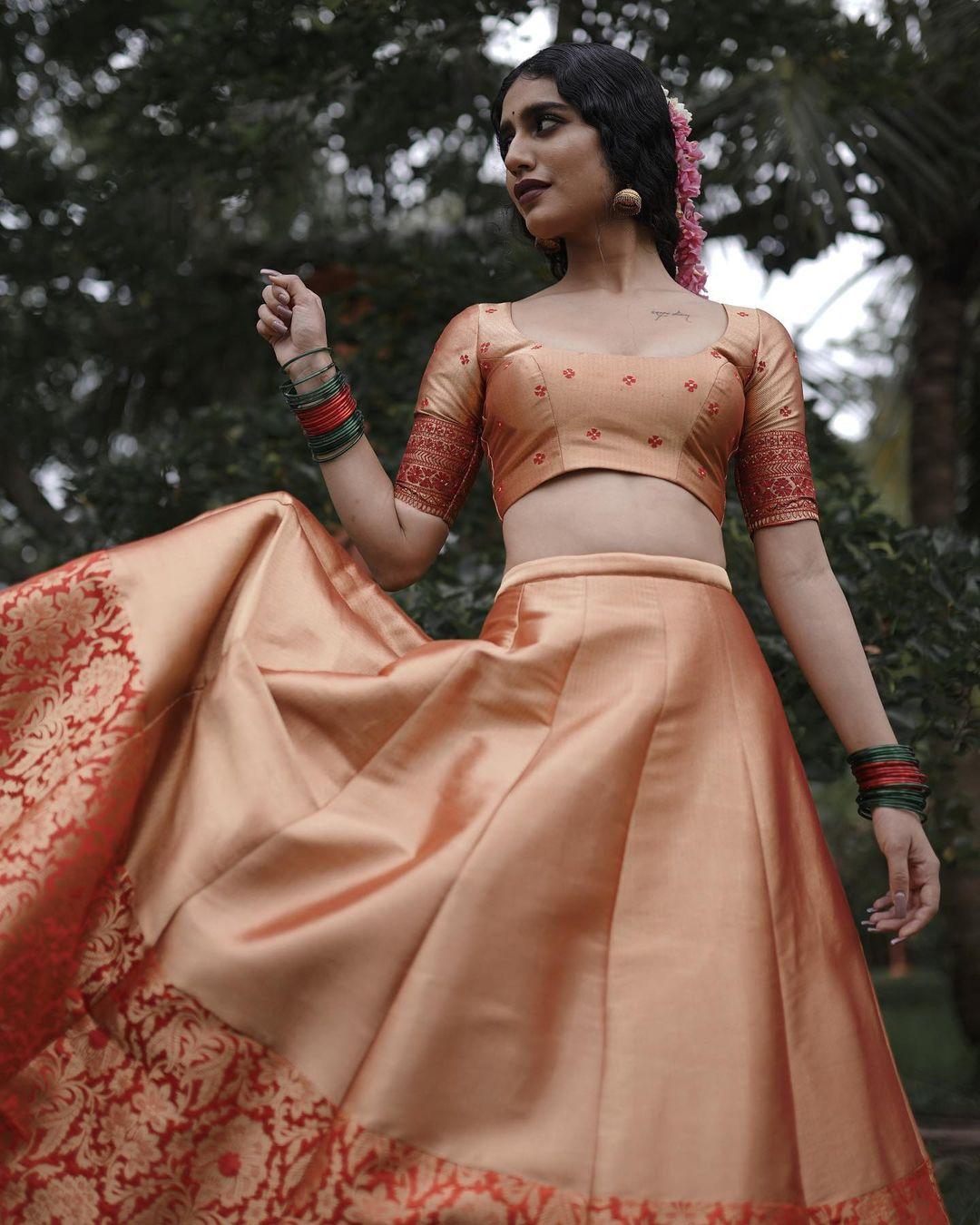 Priya Prakash Varrier desi look photo