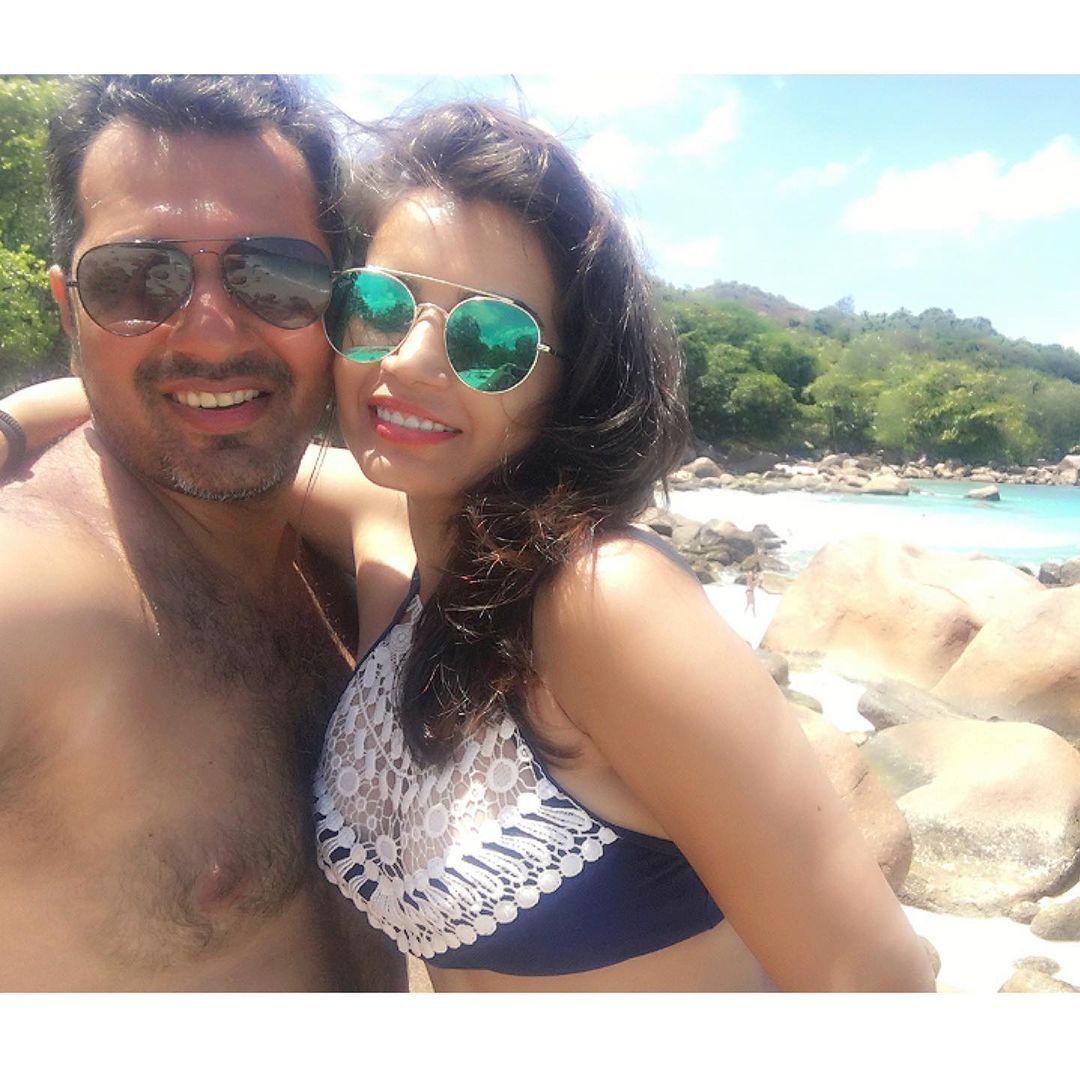 TMKOC Fame Priya Ahuja husband malav rajda photo
