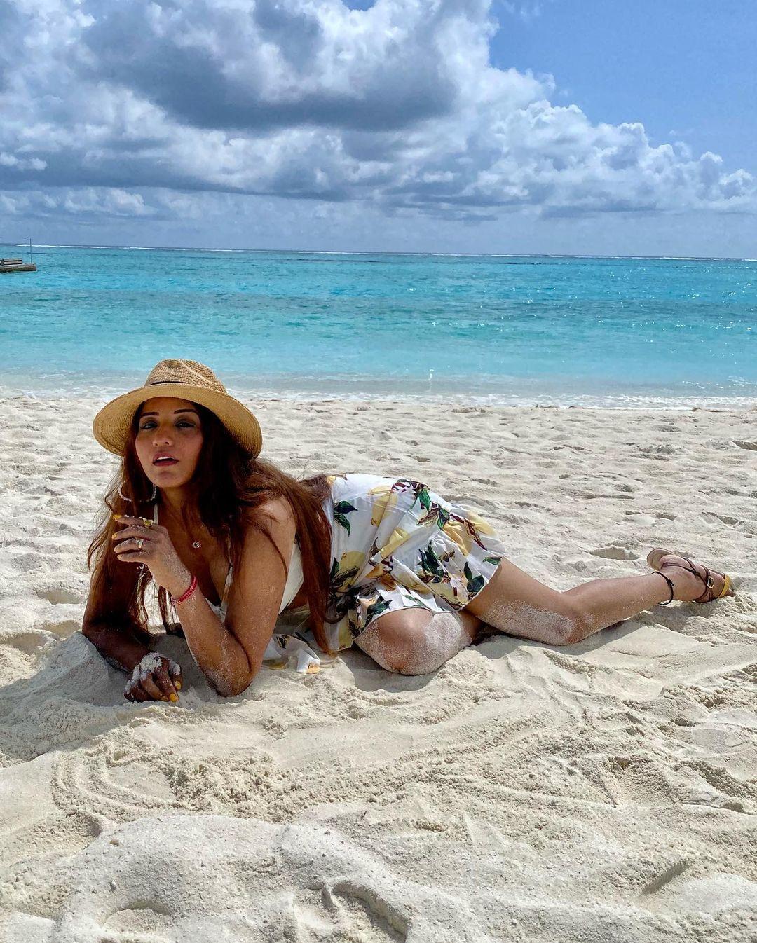 Monalisa Bikini Pics