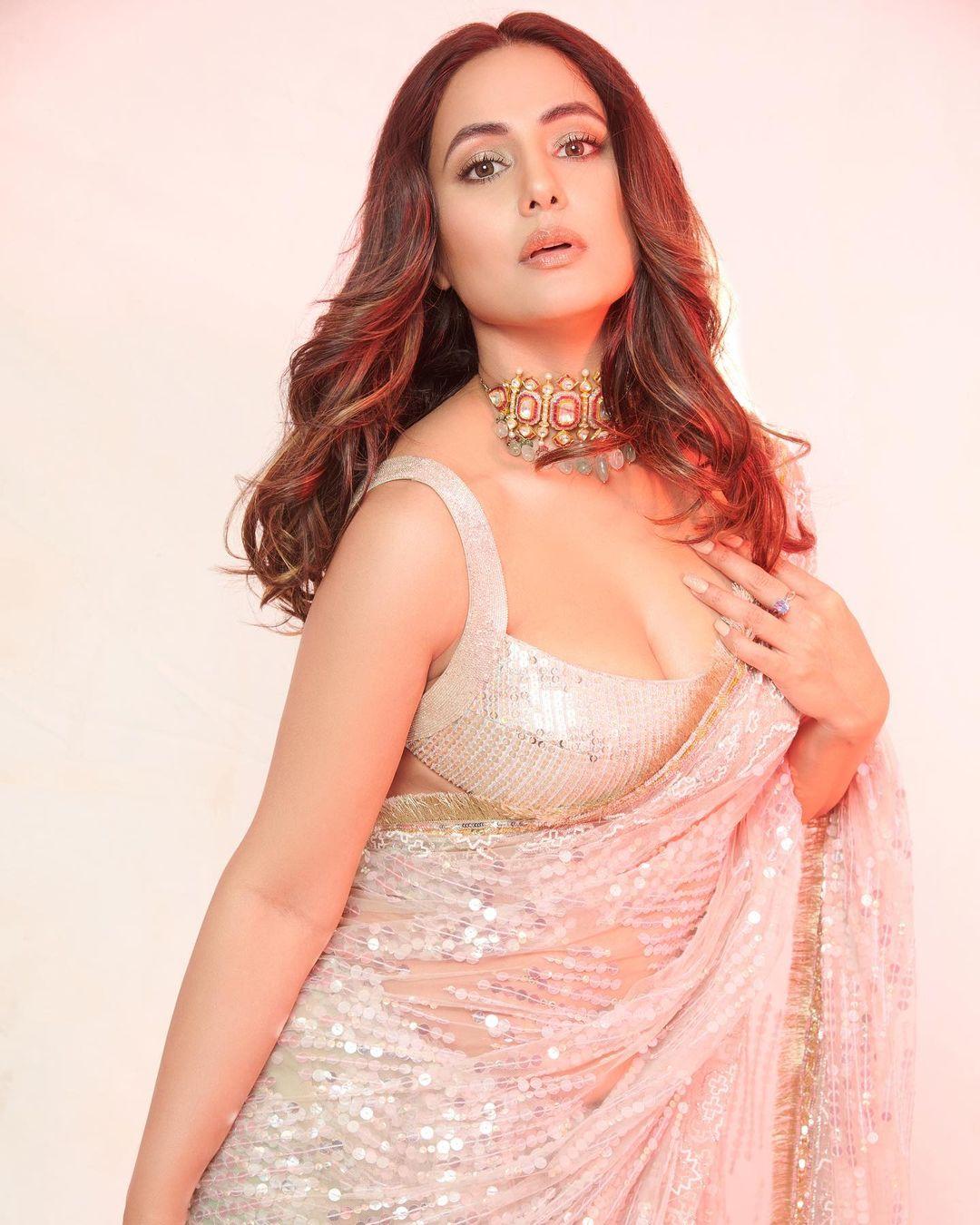 Hina Khan make up video viral
