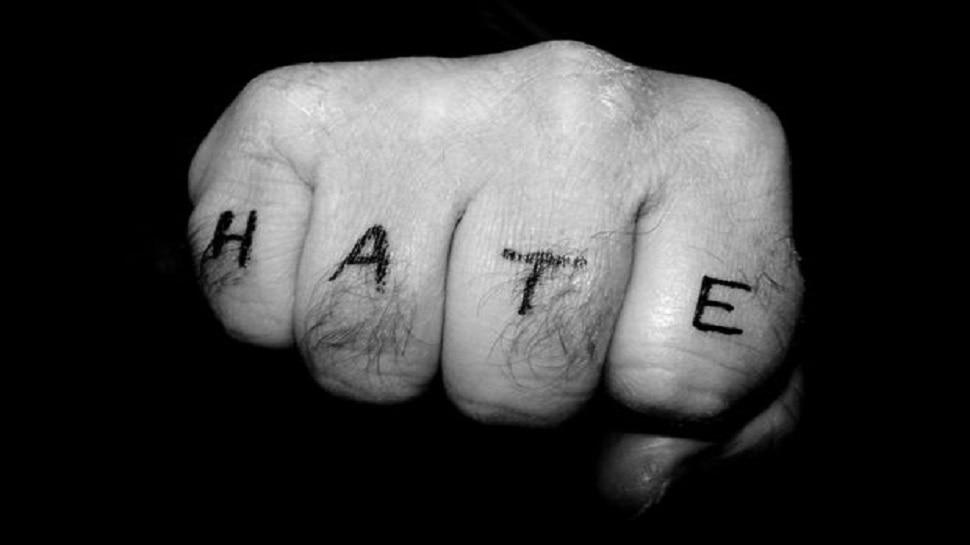 Mental Health: क्यों आप से बेवजह नफरत करने लगते हैं लोग, ये हो सकते हैं कारण