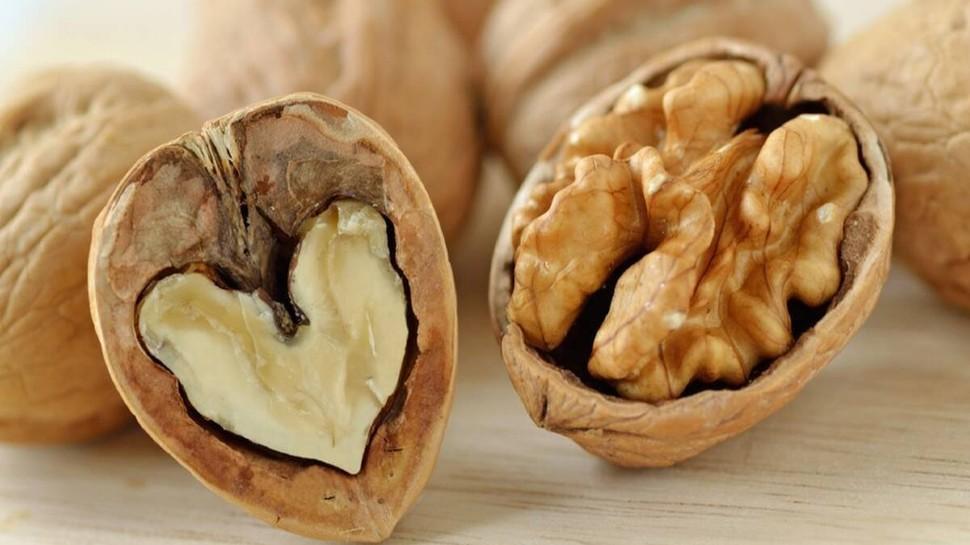 Walnut for health: पुरुषों का स्टेमिना बढ़ा सकते हैं 2 अखरोट, बस इस तरह करें सेवन, मिलेंगे यह जबरदस्त फायदे