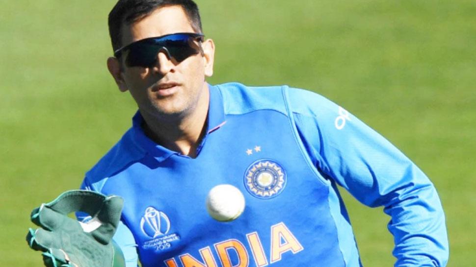 T20 WC 2021: MS Dhoni के आलोचकों को इस दिग्गज का करारा जवाब! मेंटर बनाए जाने पर किया ये बड़ा कमेंट