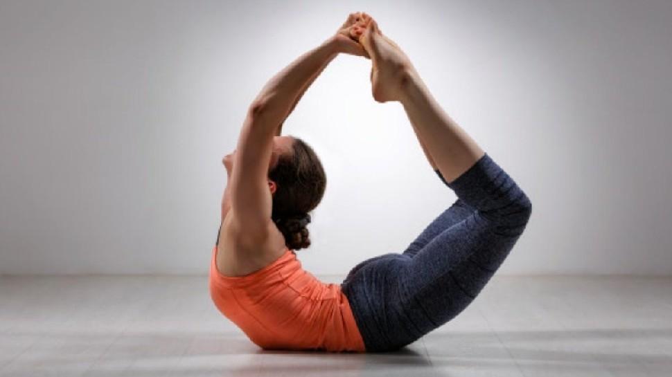 Benefits of Dhanurasana: रोज उठकर करें धनुरासन, हड्डियों में आएगा लचीलापन, सेहत के लिए मिलेंगे जबरदस्त लाभ