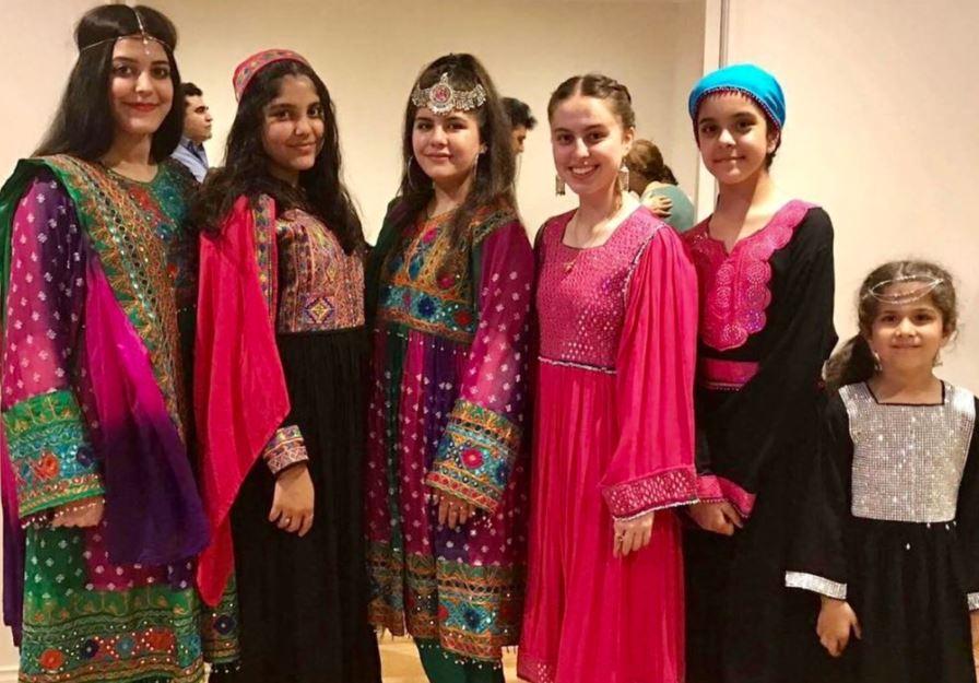Do Not Touch My Clothes: रंगीन पोशाकों वाला कैंपेन, जो खूनी तालिबान पर तमाचे जैसा है