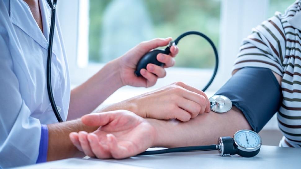 Foods to avoid : High Blood Pressure में भूलकर भी ना खाएं ये चीजें, हालत हो जाएगी नाजुक!