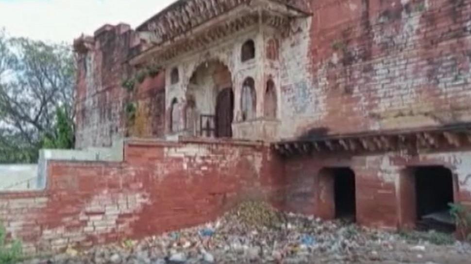 Dholpur के ऐतिहासिक शिव मंदिर का Video Viral, सवाल-कौन कर रहा था पूजा ?