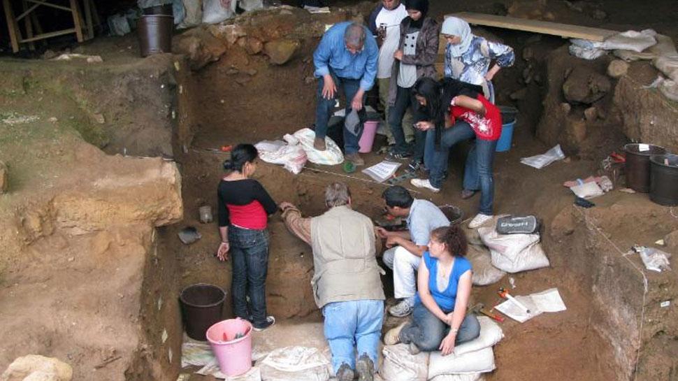 इंसानों ने कपड़े पहनना कब शुरू किया? गुफा से खुलेगा कपड़ों के आविष्कार का रहस्य