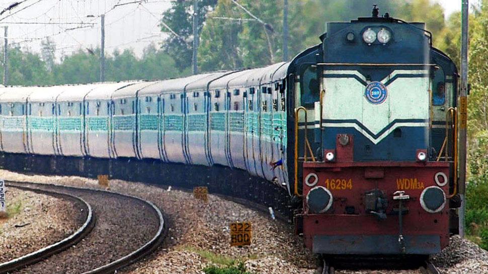 दिल्ली में रेलवे सिग्नल की केबल ले उड़े चोर, 14 घंटे तक बाधित रहा रूट