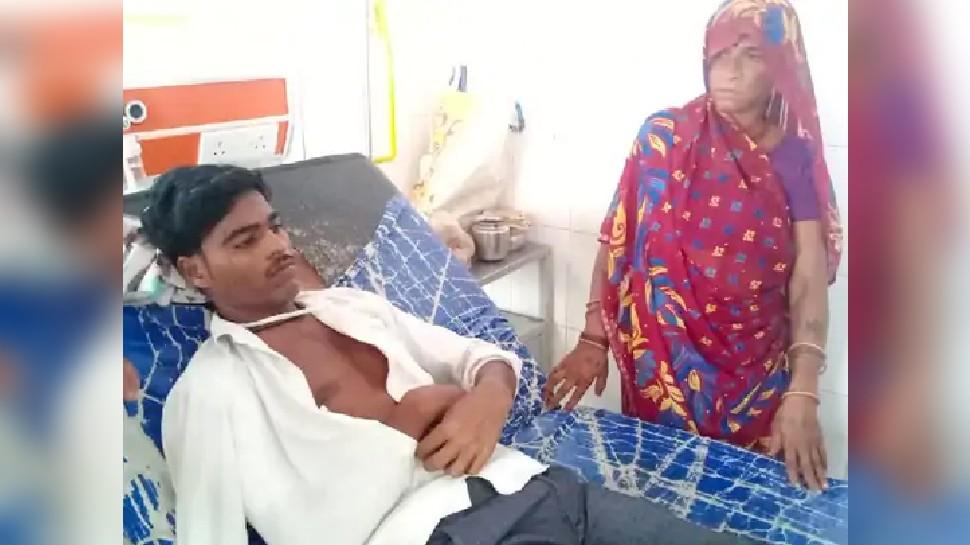 बड़ी लापरवाही! वैक्सीनेशन के बाद युवक के हाथ में निकले फोड़े, 8 दिन बाद ऑपरेशन में निकली टूटी हुई नीडल