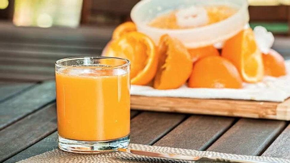 Fruit Juice: फलों से जूस निकालते वक्त ये काम तो नहीं करते आप? फायदे की जगह होता है नुकसान