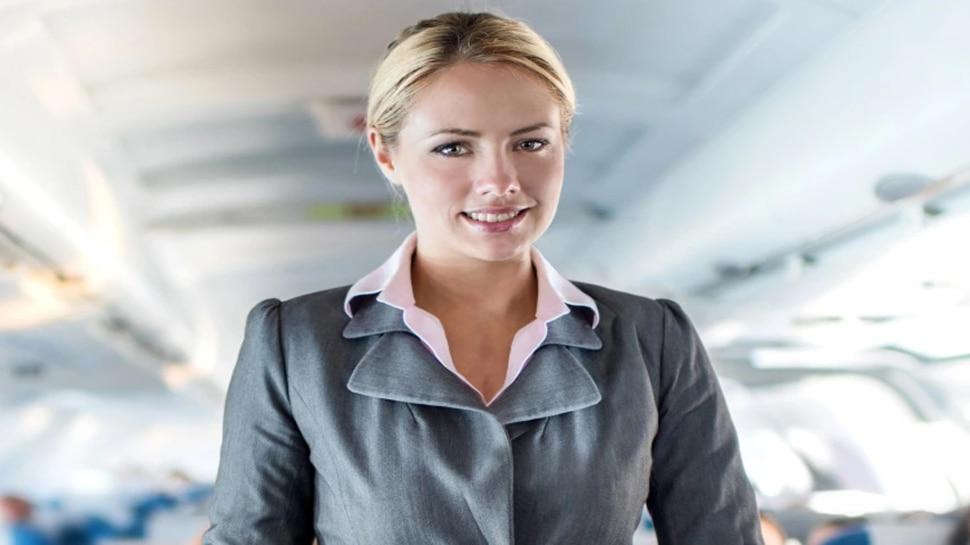 इस Air Hostess ने खोले मशहूर British Footballer के राज, उड़ते विमान में बनाए थे संबंध