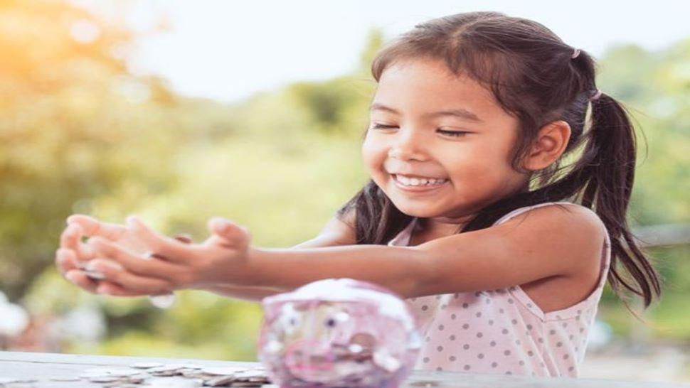 Sukanya Samriddhi: आपकी बेटी को नहीं होगी कभी पैसों की कमी! सिर्फ 416 रुपये बचाया तो मिलेंगे 65 लाख