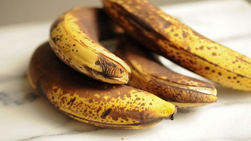 Side Effects of Banana: भूलकर भी न खाएं इस तरह के केले, सेहत को पहुंचाता है सबसे ज्यादा नुकसान