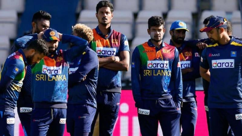 भारत ने माही को बनाया मेंटर तो श्रीलंका ने उनके खास विरोधी को सौंप दी अहम जिम्मेदारी