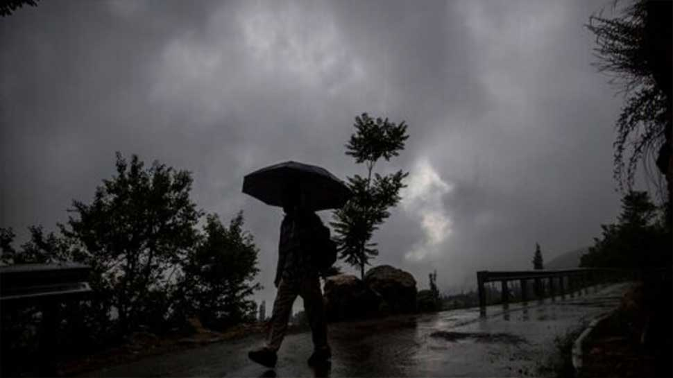 Weather News: यूपी को सराबोर कर विदाई लेगा मानसून, लखनऊ समेत इन 23 जिलों में भारी बारिश का अलर्ट