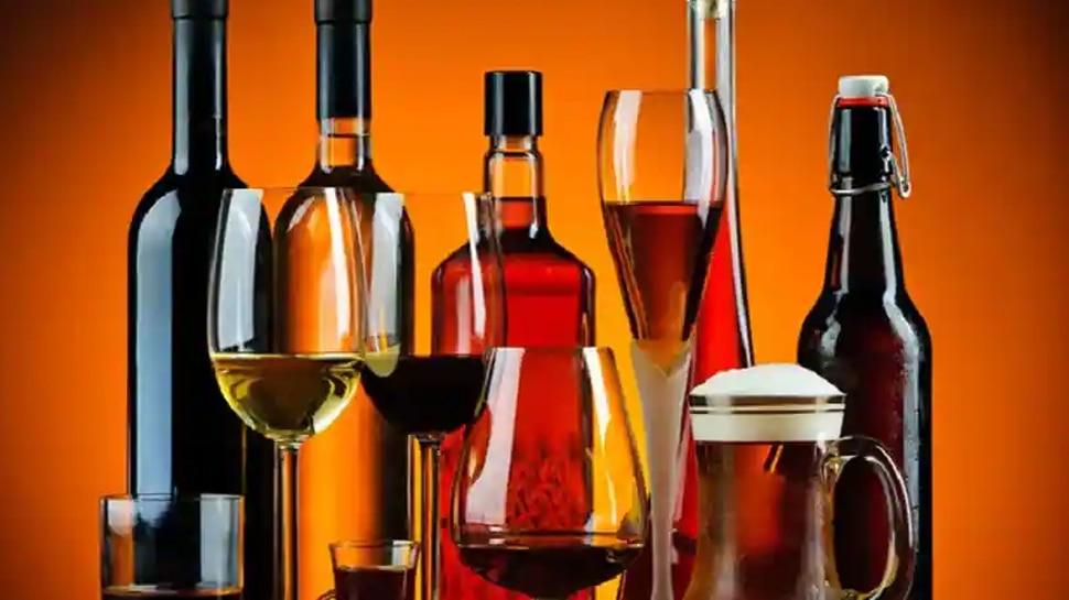 शराब के शौकीन ध्यान दें! अब घर में 4 बोतल से ज्यादा रखने पर लेना होगा लाइसेंस, जारी हुए नए नियम