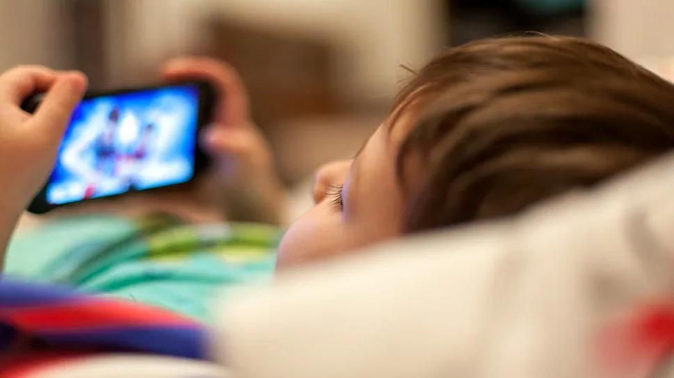 TikTok Challenge के चक्कर में 23 मैग्नेट निगल गई छह साल की बच्ची, जानें फिर क्या हुआ?