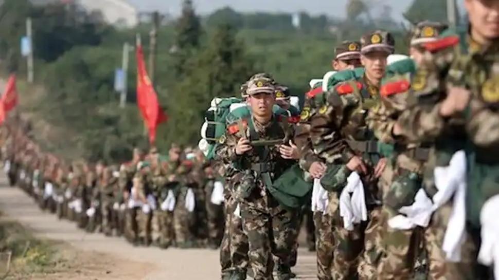 बाज नहीं आया ड्रैगन: China ने LAC पर तैनात किए 50 हजार से अधिक जवान, Drone से रख रहा नजर