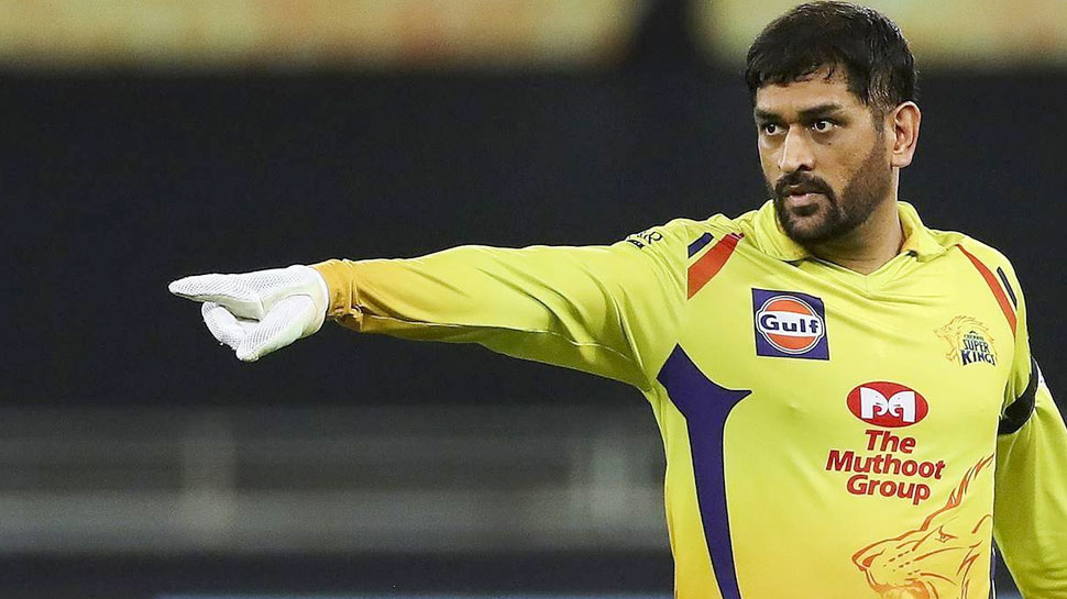 IPL 2021: MS Dhoni keep Suresh Raina Out of CSK Playing XI against DC, Robin Uthappa got chance after long time    Amazing happened after years in IPL history, MS Dhoni showed his favorite player the way out