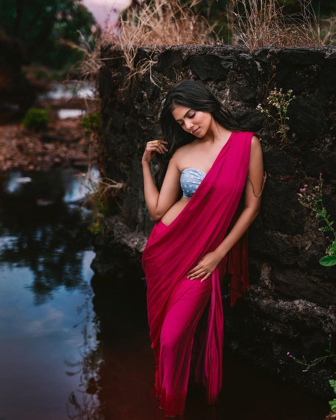 Malavika Mohanan Super Bold Pictures