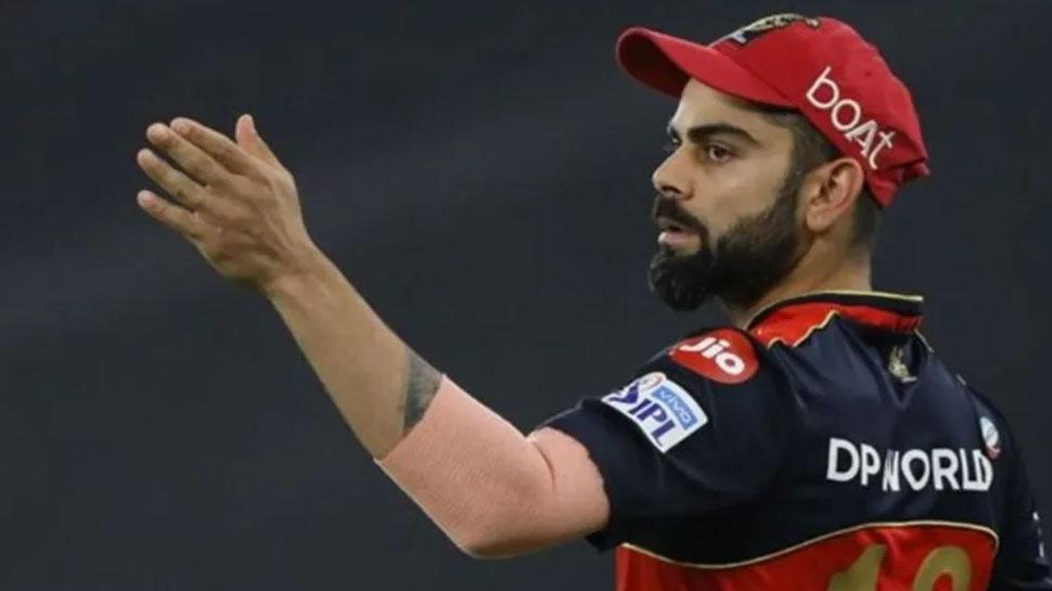 IPL 2021: प्लेऑफ से ठीक पहले दो स्टार खिलाड़ियों ने छोड़ा RCB का साथ, Virat Kohli को होगा नुकसान