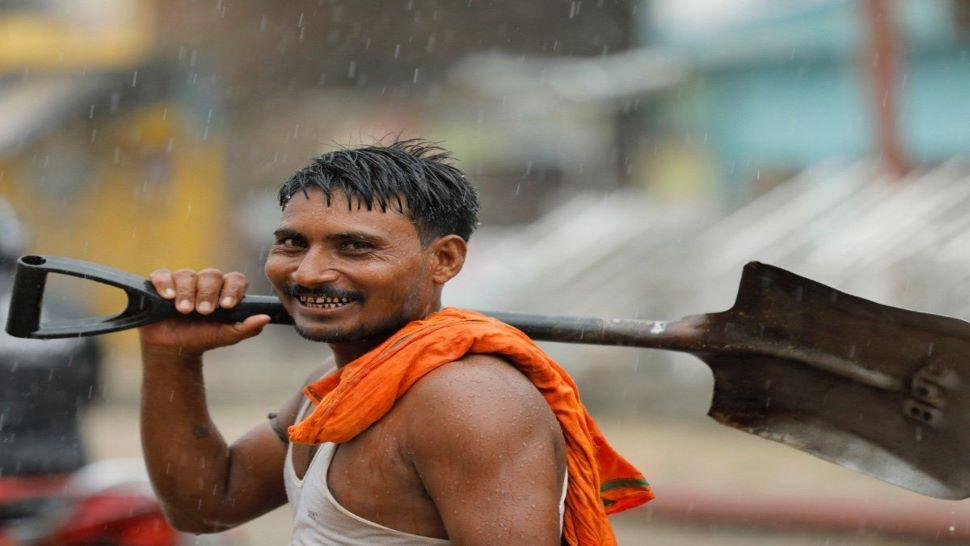 खुशखबरी! PM-SYM योजना में मजदूरों को हर साल मिलेगी 36 हजार रुपये पेंशन! जानिए कैसे करें अप्लाई