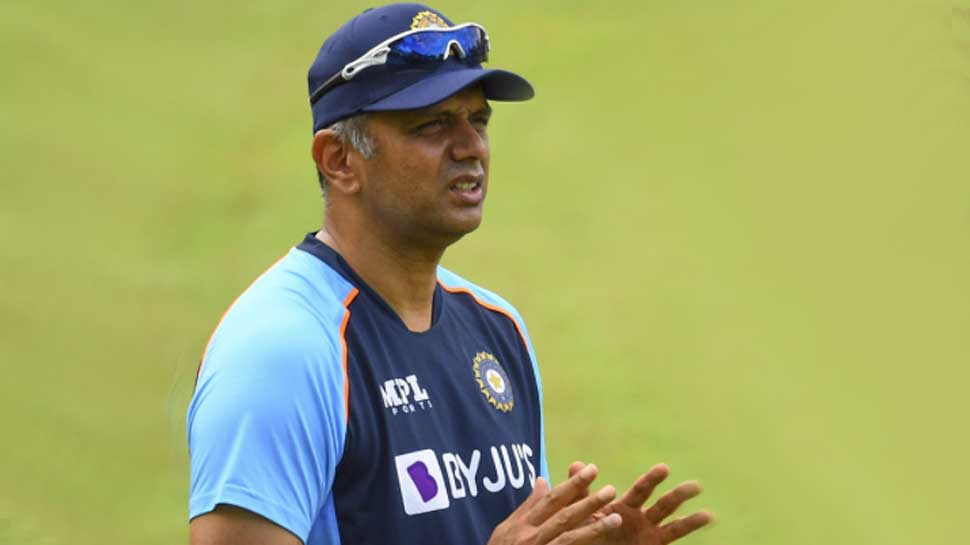 Rahul Dravid likely to be Team India interim coach for home series against New Zealand after T20 World Cup | Rahul Dravid को Team India में मिल सकती है अहम जिम्मेदारी, T20 World Cup के बाद खुल जाएगा राज